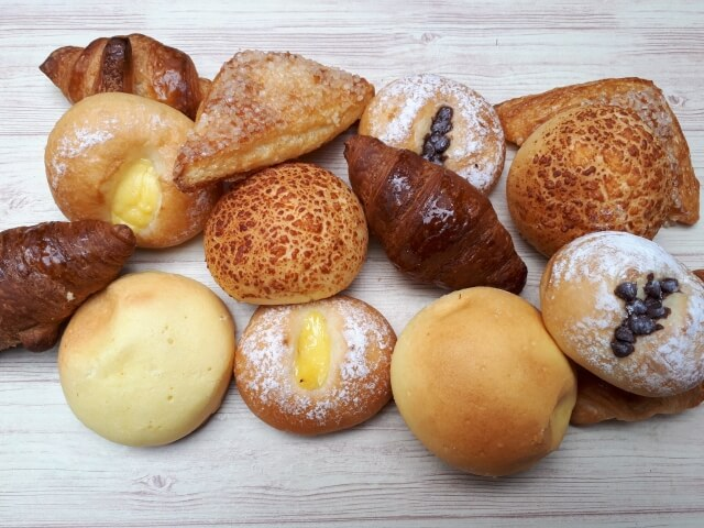 佐藤絵里 庄内豚角煮 焼きカレーパン 価格 通販サイト 通販 値段